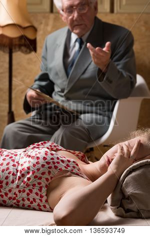 Psychotherapist Has To Indicate Appropriate Way To Release Stress