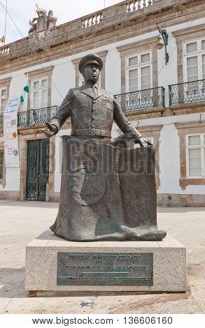 PORTO PORTUGAL - MAY 26 2016: Monument to Humberto da Silva Delgado in the center of Porto (UNESCO site). Humberto Delgado (1906-1965) was a General of the Portuguese Air Force and politician