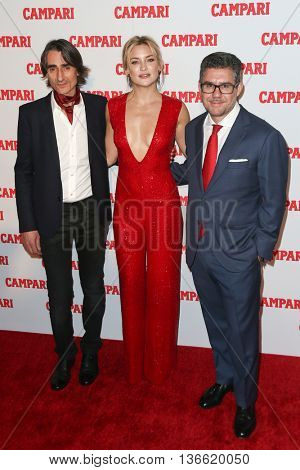NEW YORK-NOV 18: (L-R) Michelangelo Di Battista, Kate Hudson and Gruppo Campari CEO Bob Kunze-Concewitz attend 2016 Campari Calendar Launch at The Standard Hotel on November 18, 2015 in New York City.