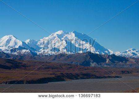 Mount Mckinley's Snowy Peak , Denali National Park, Alaska, Us