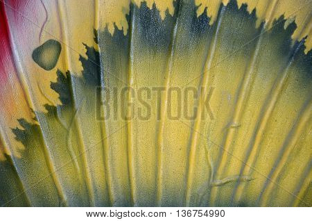 Fan shape with yellow and grey pattern