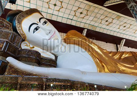 Bago (pegu), Myanmar - April 2016: Shwethalyaung Buddha The Giant Reclining Was Closed For Repairs I