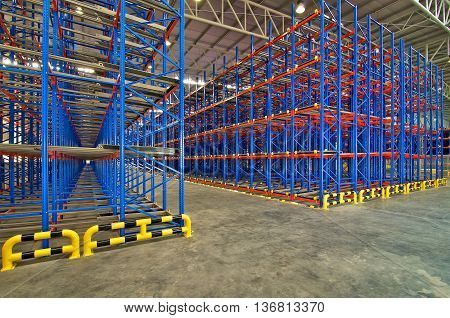 Warehouse storage shelving metal pallet racking systems