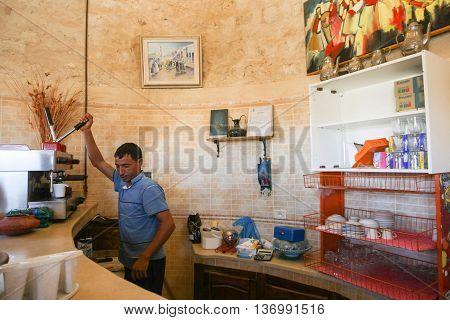 Man Making Coffee At Dar Ayed