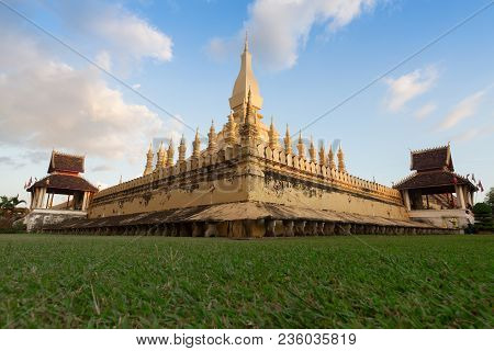 Wat Phra That Luang, Vientiane, Lao Pdr