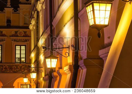 Zamosc - Renaissance City In Central Europe. Lamps Post In Old Town At Night.