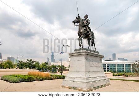Chicago, Illinois, Usa - August 25, 2014: The Tadeusz Kościuszko Monument Installed Near Chicagos Sh