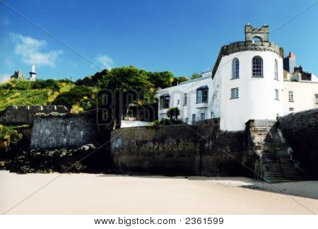 Tenby House Near The Beach