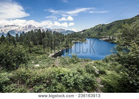 Symbol Of Italian Mountain Landscape, Lake And Mountains With Trees In Summer, Mountain Background W
