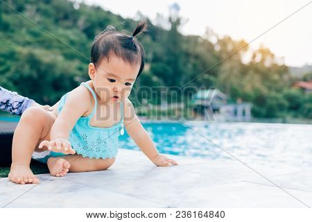 Baby Infant Tries To Crawl Down To The Pool Alone With Danger.