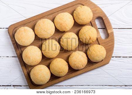 Homemade Brazilian Cheese Buns ( Pao De Queijo )