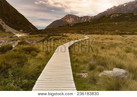 Hooker Valley Track, Wooden Path Into Fox Mountain, New Zealand Natural Landscape