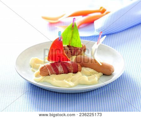 Mini Hot Dog Boats And Mashed Potato For Funny Diner For Kids.