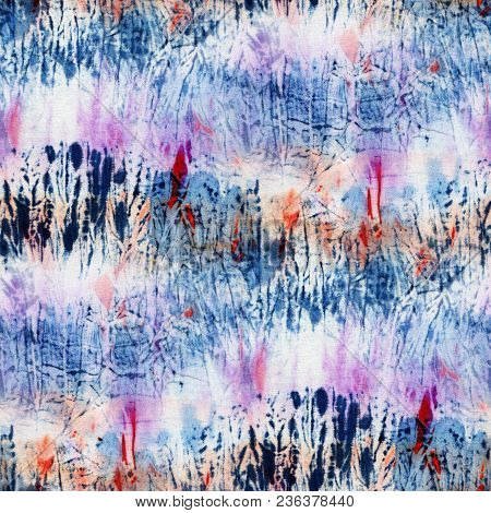 Seamless Tie-dye Pattern Of Indigo And Pink Color On White Silk. Hand Painting Fabrics - Nodular Bat