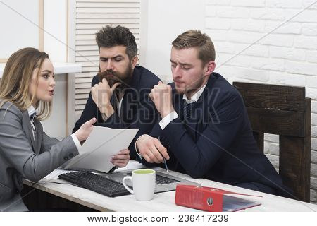 Woman Lawyer Explain Terms Of Transaction. Business Partners, Businessmen At Meeting, Office Backgro
