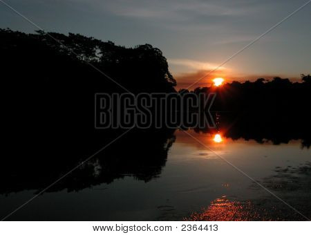 Amazon-Sonnenuntergang