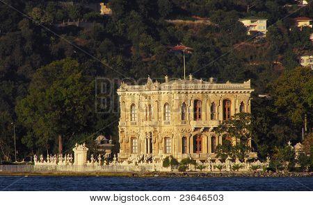 Historical Küçüksu pavillion