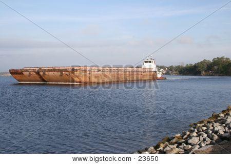 Tug N Barge1