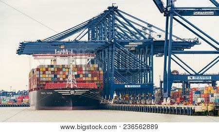 Felixstowe, Suffolk, England, Uk - May 28, 2017: The Port Of Felixstowe With Some Cranes, Containers