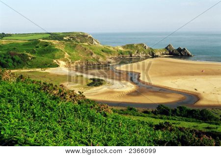 The 3 Cliffs Bay