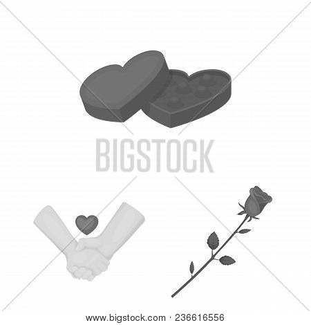 Romantic Relationship Monochrome Icons In Set Collection For Design. Love And Friendship Vector Symb