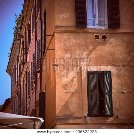 Rome, Italy - May 17, 2017: Generic Architectural Details Of A Restaurant In Trastevere, Rome, Italy