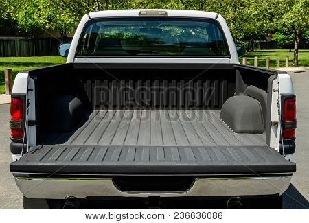 White Truck Bed, Empty Bad Of An Modern White Truck, Daylight