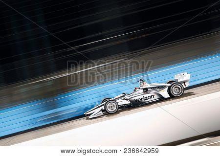 April 06, 2018 - Avondale, Arizona, USA: Josef Newgarden (1) takes to the track to practice for the Desert Diamond West Valley Casino Phoenix Grand Prix at ISM Raceway in Avondale, Arizona.