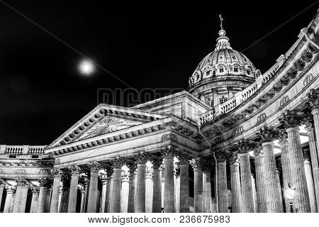Russia. St. Petersburg-april 15, 2018: The Church Of Our Lady Of Kazan In Black And White
