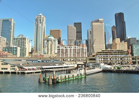 Seattle, Washington Waterfront And City Skyline Views