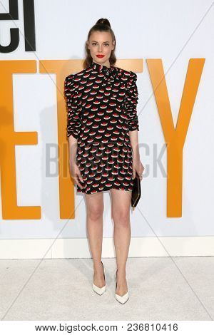 LOS ANGELES - APR 17:  Gillian Jacobs at the