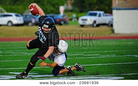 Youth American Football the tackle