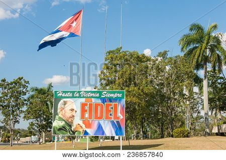 Santa Clara, Cuba-january 6, 2017: In The Gardens Of The Mausoleum Of Guerrilla Che Guevara, There I
