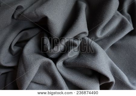 Unprinted Black Viscose Fabric In Soft Folds