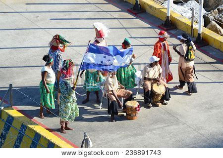 Coxen Hole, Roatan, Honduras - Dec 26 2012: Dancers And Musicians Perform To Entertain Ans Welcome C