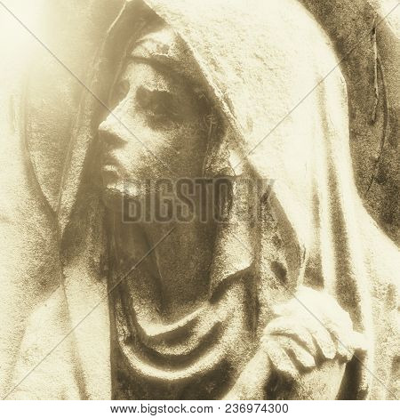 Antique Statue Of The Virgin Mary Praying (religion, Faith, Holy, Sin Concept). Retro Styled.