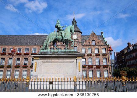 Düsseldorf, Germany - 19 September 2019. Equestrian statute of Jan Wellem on the market place in Düsseldorf Old Town (Altstadt)