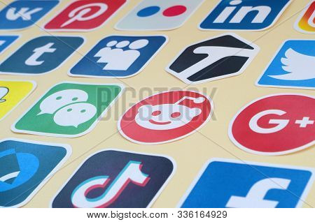Many Paper Icons With Logo Of Most Popular Social Networks And Smartphone Apps For Chat And Conversa