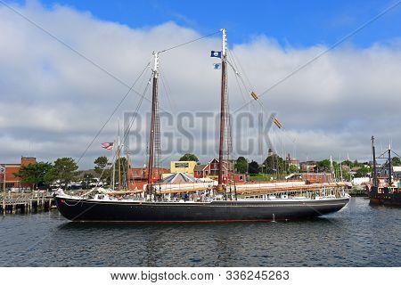 Gloucester, Ma, Usa - Jul 25, 2015: Schooner Boat At Port Of Gloucester City, Gloucester, Massachuse