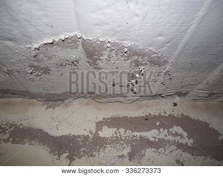Dampness Moisture On Wall And Ceiling