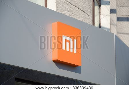 Kharkov, Ukraine - October 20, 2019: Xiaomi Store Logo In Kharkiv. Xiaomi Was Founded In 2010 By Ser