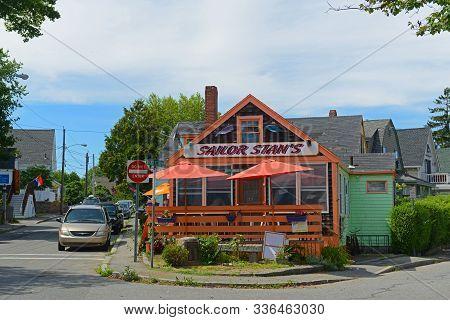 Gloucester, Ma, Usa - Aug. 8, 2015: Historic Building On Rocky Neck In Downtown Gloucester, Massachu