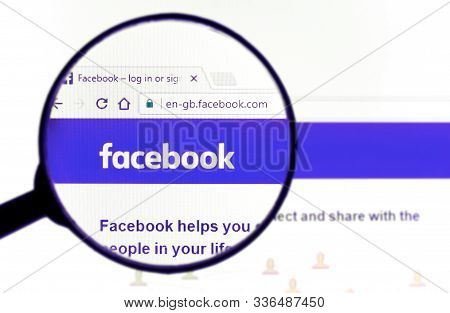 The Official Website Of The Company Facebook On The Screen. Facebook Is The Most Popular Largest Soc