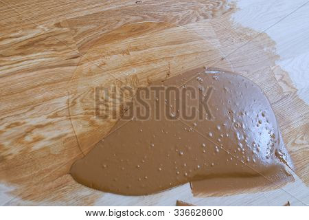 Preparation Of Parquet Grout Material. Mixing Retainer, Varnish And A Small Mixture Of Wood. Pre-var