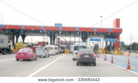 Blurred Images, Expressway Traffic In Thailand Periods Of Heavy Use, Traffic Congestion, Walking Dur