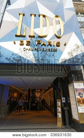 Paris, France - November 30 , 2019 : The Entry Of World Famous Cabaret Club Lido Located On Champs-e