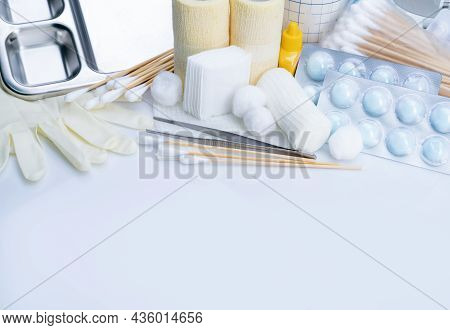 Wound Care Dressing Set. Medical Supply For Diabetes, Surgical And Accidental Wounds Care. Medical E