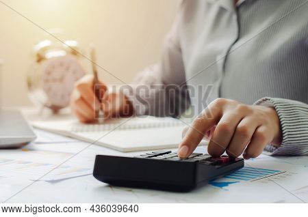 Business Woman In Tax Deduction Planning Concept Calculate Tax Deduction In 2022, Businessman Calcul