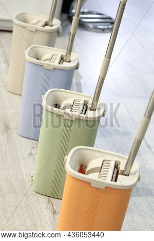 Household Goods, Equipment For Cleaning And Housework, A Variation Of The Spin Bucket And Mop