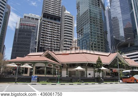 Singapore- 11 Oct, 2021: View Of Lau Pa Sat Market In Singapore.it Is A Popular Catering, Popular Fo
